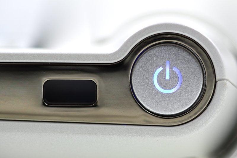 detail počítačového vypínača