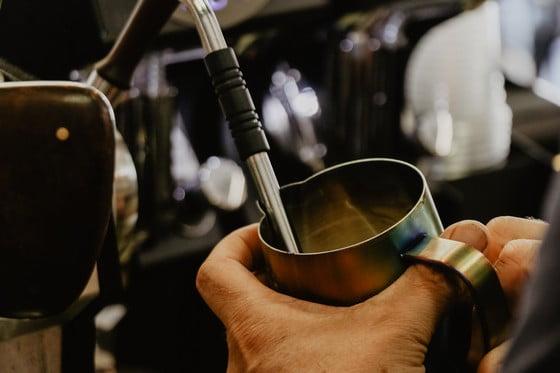 používanie kávomatu